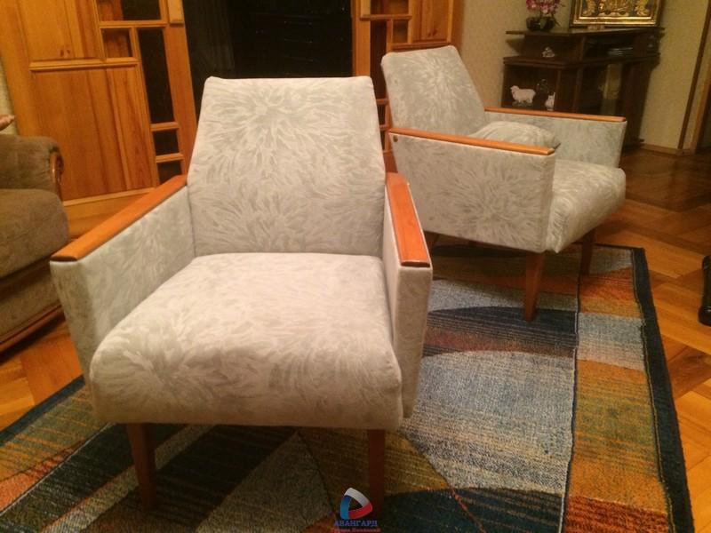 Ремонт своими руками старинного кресла 17